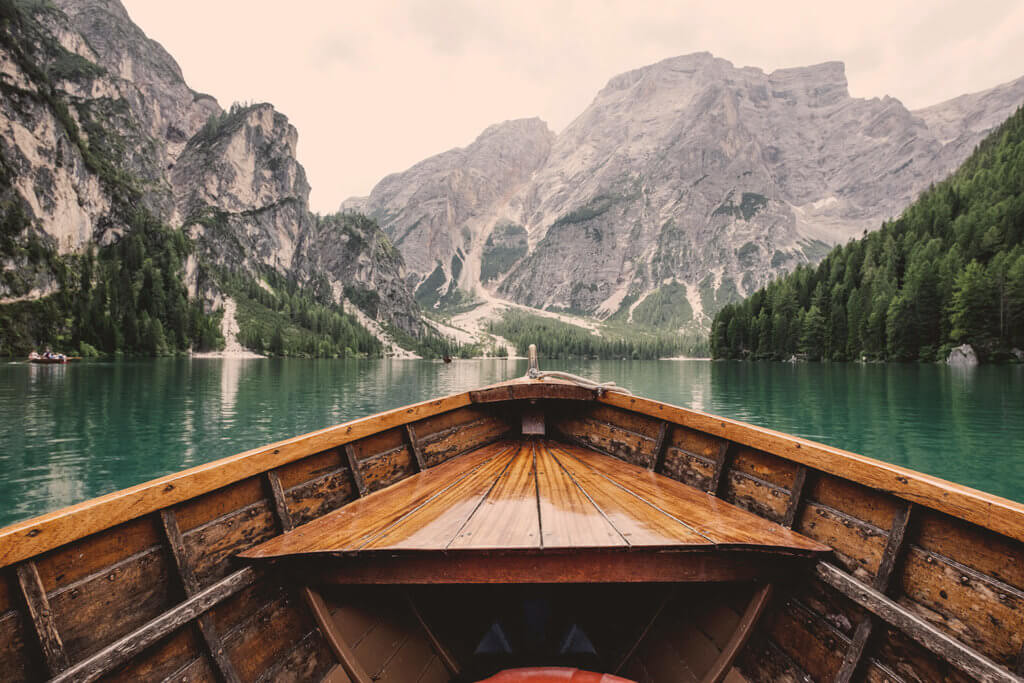 boating in mountains, photo of starting a new blog