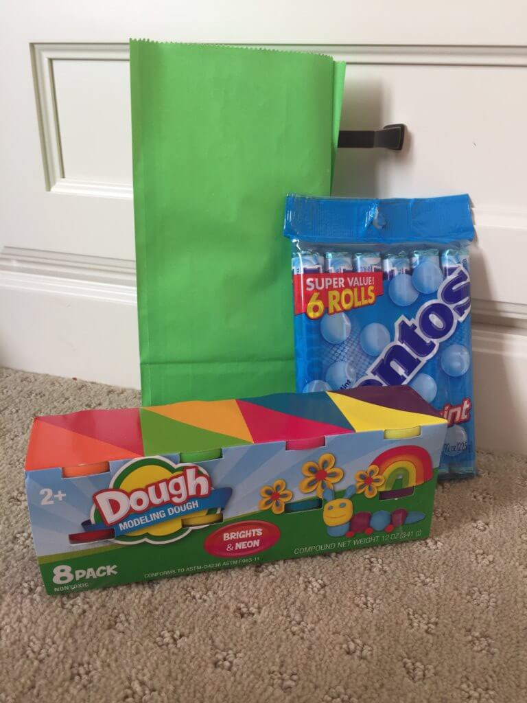 Road Trip activities featured by top US family travel blog, Travel with a Plan: Play dough road trip activity bag
