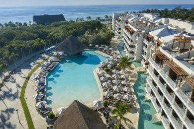 Ocean Riviera Paradise buildings and pool