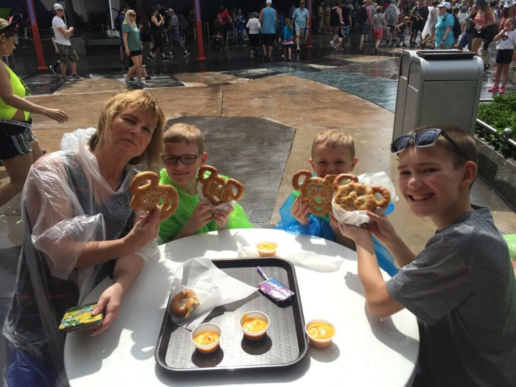 Disney World on a Budget:  15 Genius Ways on How to Save Money at Disney World, tips featured by top US family travel blog, Travel With a Plan: Disney World on a budget, snacks