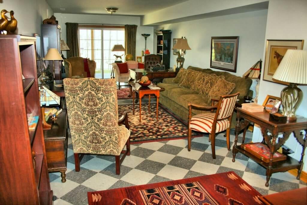 best VRBO rentals, living room