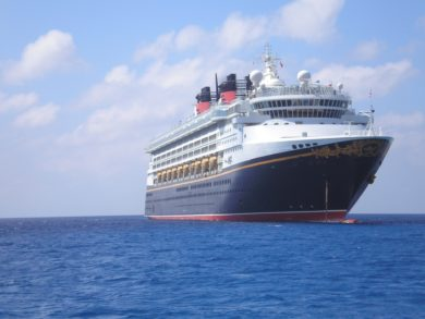 Top U.S. family travel blog, Travel With A Plan, share everything you need to know about what is included in your Disney Cruise fare! Tips for your first Disney Cruise!