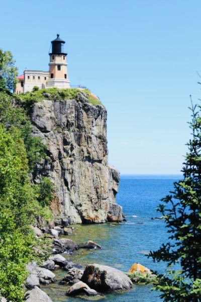 Splitrock Lighthouse: Top U.S. Family Travel Blog, Travel With A Plan, details a Minnesota North Shore road trip along the North Shore Scenic Drive.