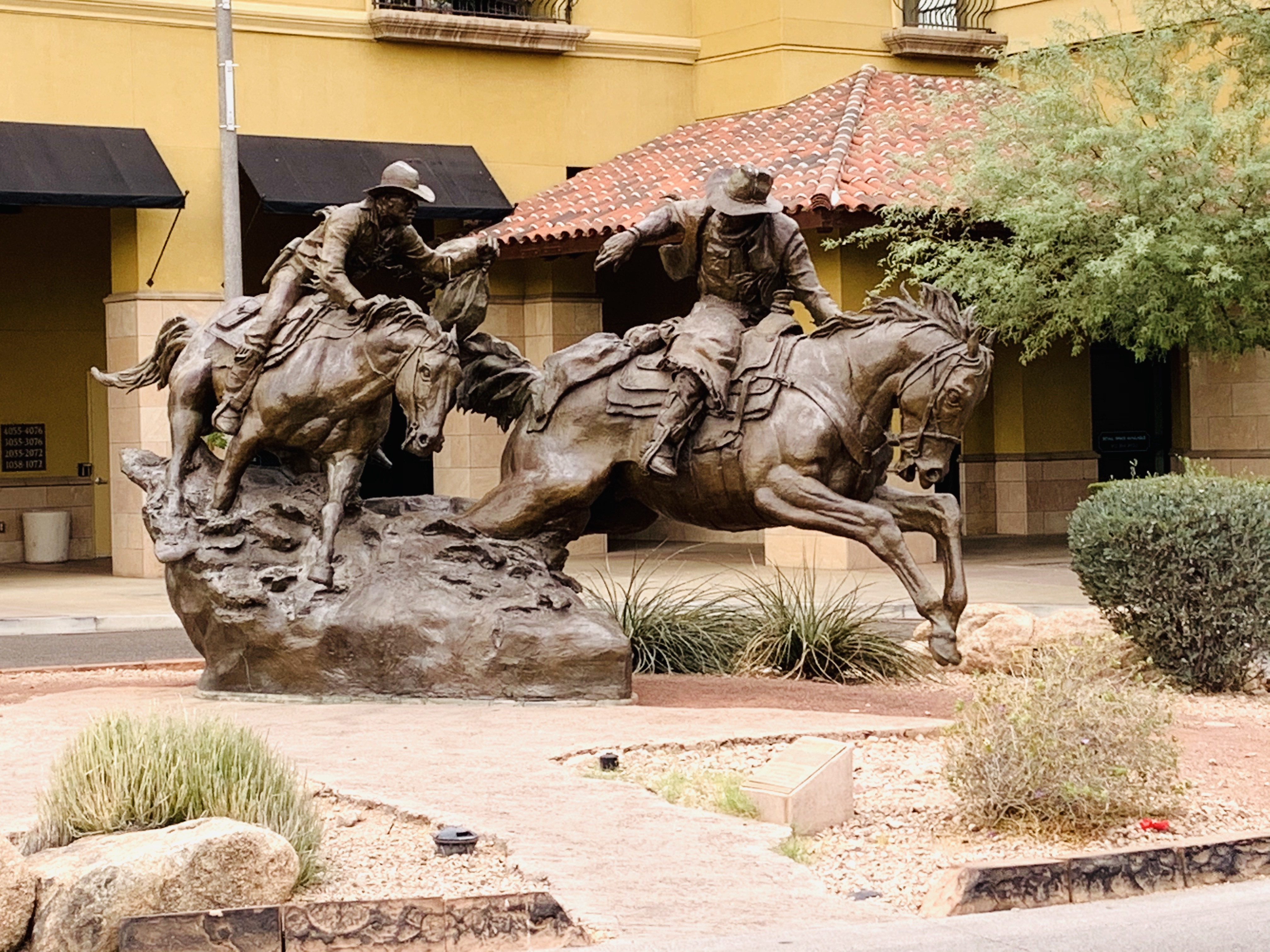 Top US travel blog features a Scottsdale girls weekend on the historical walking tour.