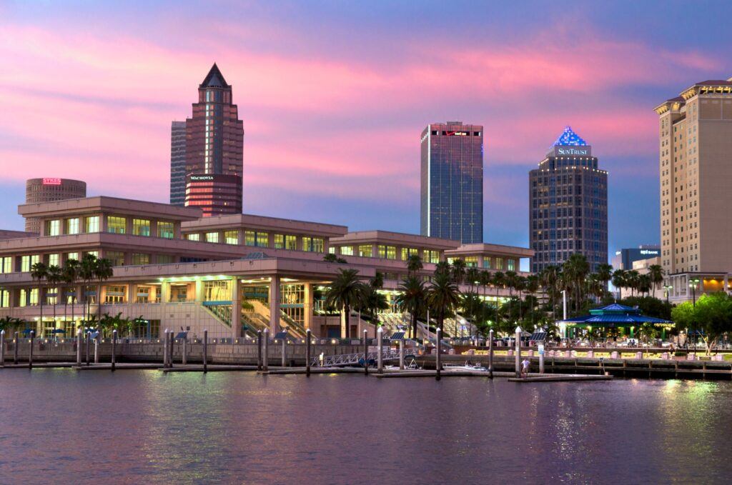 Click here to discover our list of the most fun things to do in Tampa Bay with families, from Top US Family Travel Blog, Travel With A Plan!