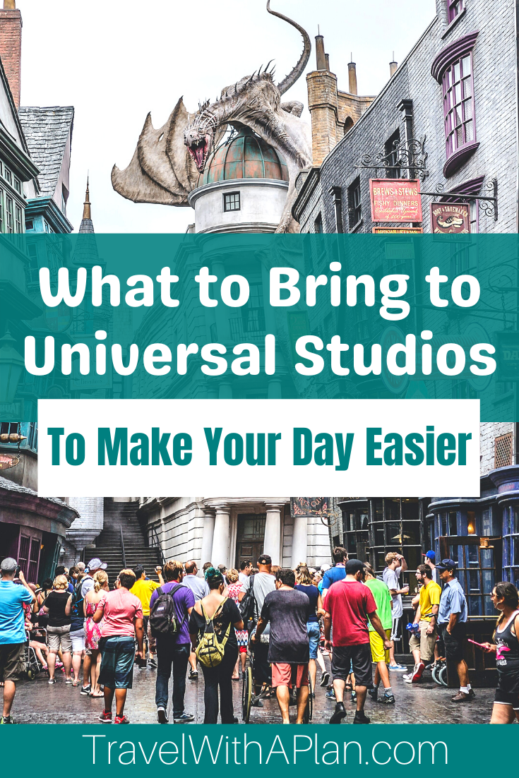 Click here to find out exactly what to bring to Universal Studios for a perfectly planned day!  #familytravel #UniversalStudiosOrlando