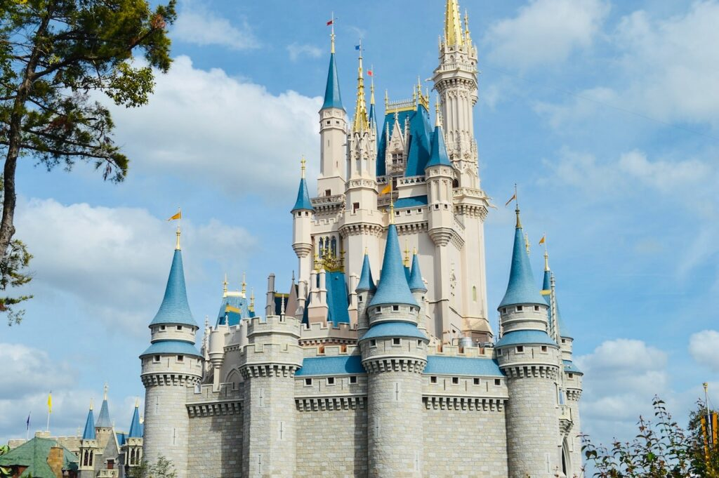 9 Differences between Disney World vs. Universal Studios from Top U.S. Family Travel Blog, Travel With A Plan! Cinderella's Castle.