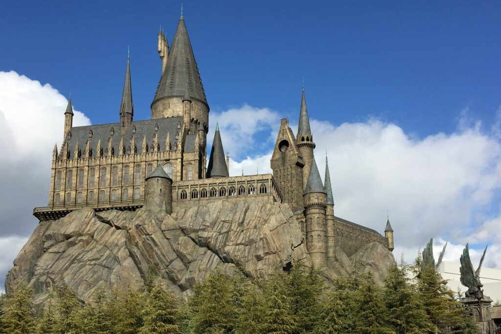 9 Differences between Disney World vs. Universal Studios from Top U.S. Family Travel Blog, Travel With A Plan!  Hogwarts Castle.