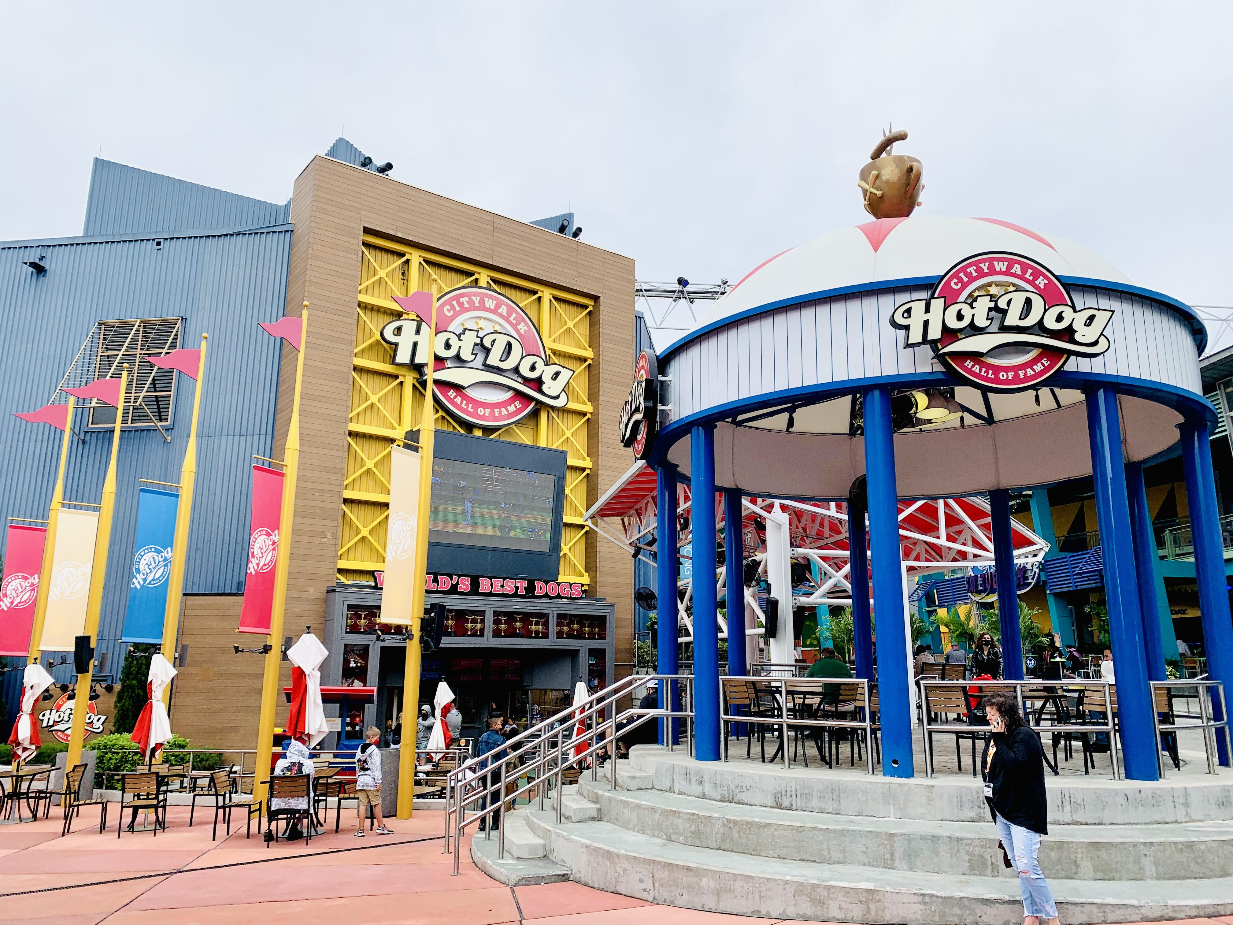The 7 best restaurants in Citywalk ranked by top U.S. family travel blog, Travel With A Plan! (Hot Dog Hall of Fame)