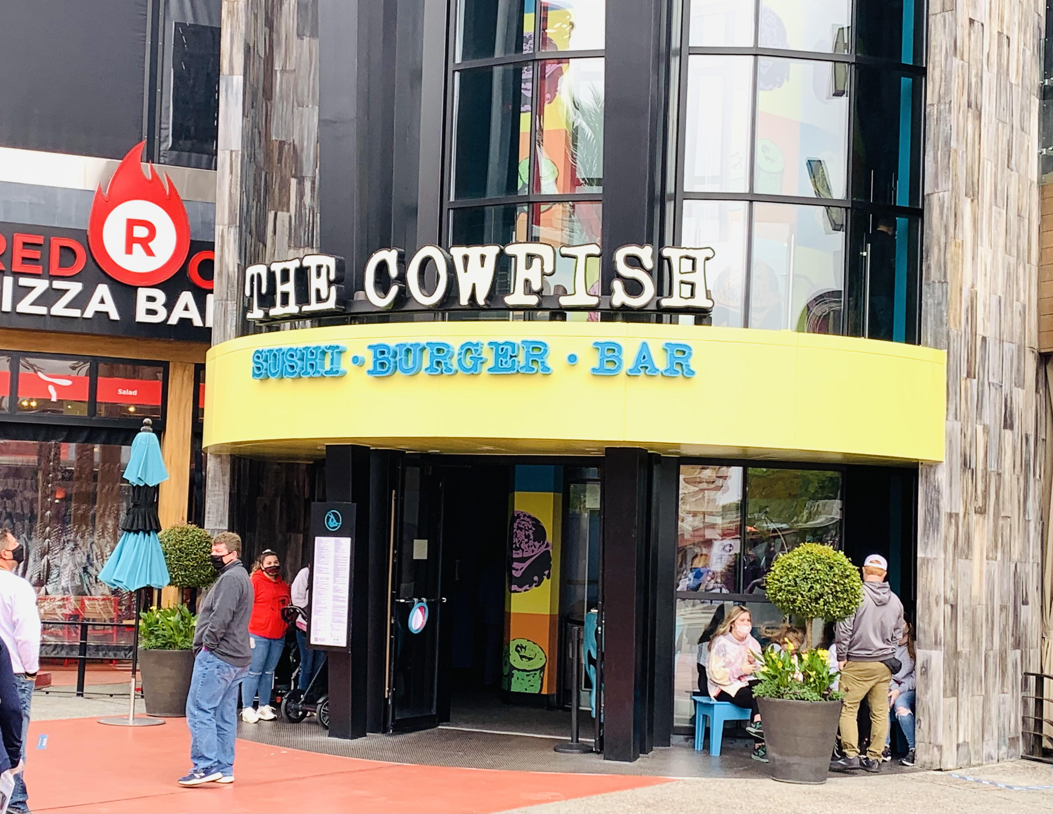 The 7 best restaurants in Citywalk ranked by top U.S. family travel blog, Travel With A Plan! (Cowfish)