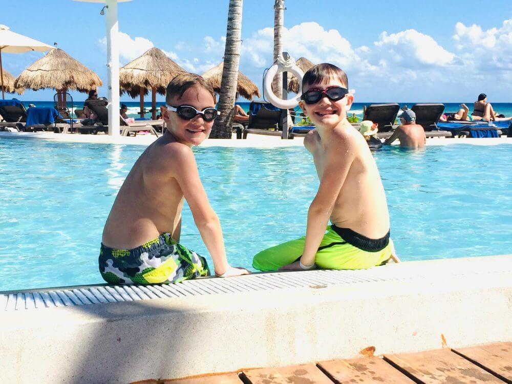 Find out what things to pack for Mexico from top US family travel blog, Travel With A Plan!