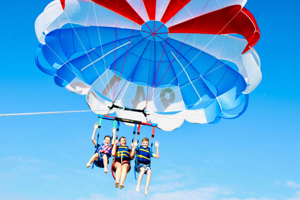 Things to do in Siesta Key, go parasailing!