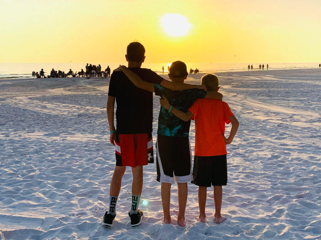 Read on for a fun and detailed United States bucket list from Top U.S. Family Blog, Travel With A Plan!